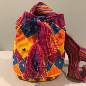 NWT Handmade Wayuu Boho Bucket Crossbody Bag